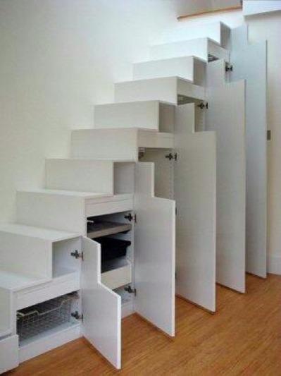 階段下のクローゼット2_[0].jpg